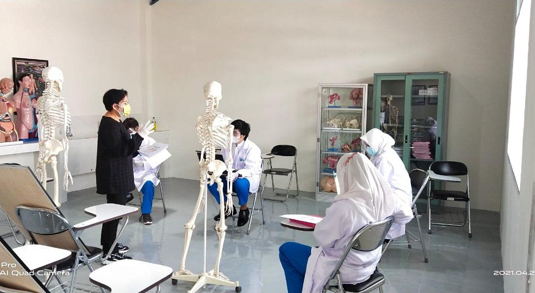 Praktikum Anatomi Program Studi Diploma IV K3